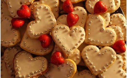 Пирожное печенье — валентинки
